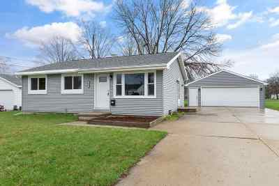 Neenah Single Family Home Active-Offer No Bump: 634 Greenfield