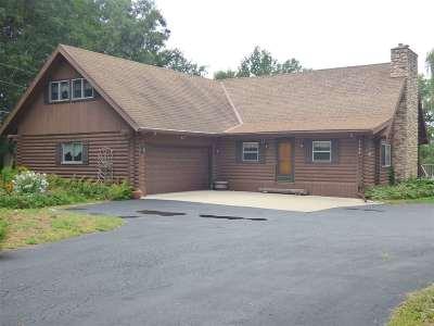 De Pere Single Family Home Active-Offer No Bump: 4198 Oak Ridge