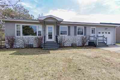 Coleman Single Family Home Active-Offer No Bump: 329 Rosemont