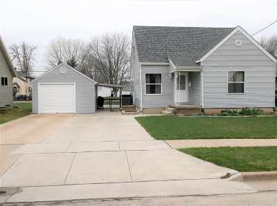 Menasha WI Single Family Home Active-Offer No Bump: $99,000