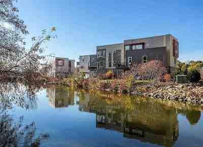Appleton Condo/Townhouse Active-No Offer: 1153 E Banta
