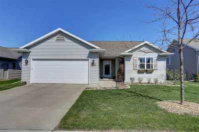 Neenah Single Family Home Active-No Offer: 2604 Marathon