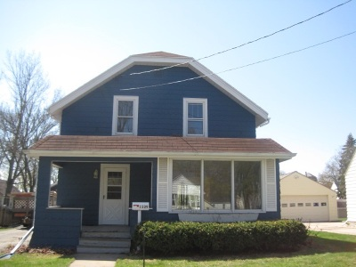 Appleton Single Family Home Active-Offer No Bump: 1339 W Commercial