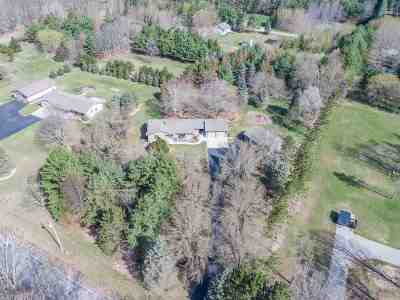 Howard, Suamico Single Family Home Active-Offer No Bump: 3766 Fairview