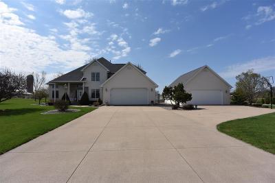 Kaukauna Single Family Home Active-Offer No Bump: W1587 Carolyn