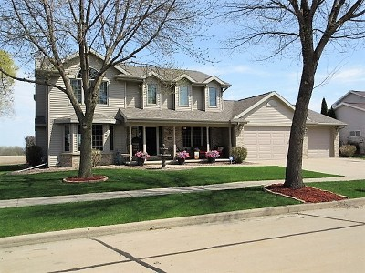 Appleton Single Family Home Active-Offer No Bump: 508 W Crossing Meadows