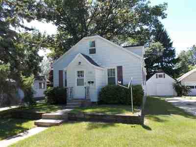 Peshtigo Single Family Home Active-Offer No Bump: 427 S Emery