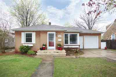 Kaukauna Single Family Home Active-Offer No Bump: 613 Kaukauna