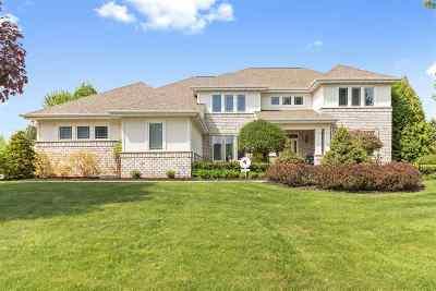Appleton Single Family Home Active-No Offer: 210 E Morning Glory