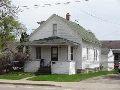 Appleton Single Family Home Active-No Offer: 625 W Franklin