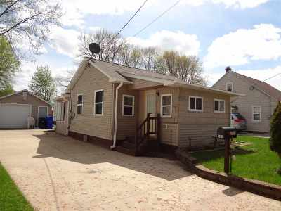 Appleton Single Family Home Active-No Offer: 1315 W Commercial