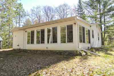 Crivitz Single Family Home Active-No Offer: 15349 Degroot