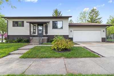 Oshkosh Single Family Home Active-No Offer: 923 E Lincoln
