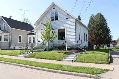 Oshkosh Single Family Home Active-No Offer: 154 Brockway