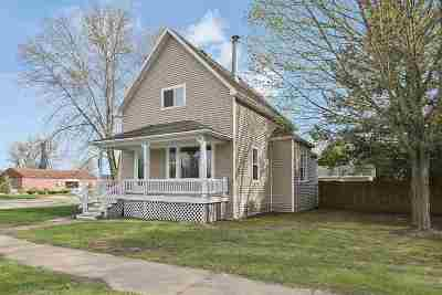 Oconto Single Family Home Active-No Offer: 642 Madison