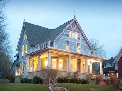 Green Bay Single Family Home Active-No Offer: 637 S Monroe