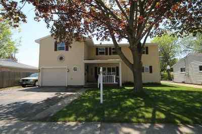 Neenah Single Family Home Active-No Offer: 625 E Cecil