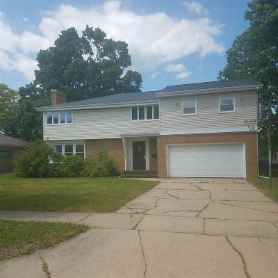 Appleton Single Family Home Active-No Offer: 730 E Byrd