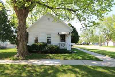 Kaukauna Single Family Home Active-Offer No Bump: 527 W 6th