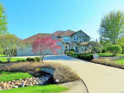 Green Bay Single Family Home Active-Offer No Bump: 2544 Meadow Breeze