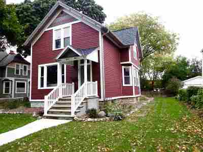 Green Bay Single Family Home Active-No Offer: 621 S Jackson