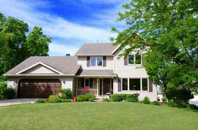Green Bay Single Family Home Active-No Offer: 5032 Redbud