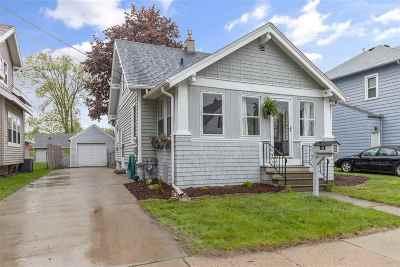 Neenah Single Family Home Active-No Offer: 408 Monroe