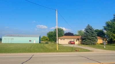 Menasha Single Family Home Active-No Offer: N8366 Hwy 55