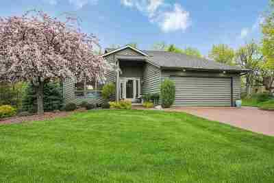Green Bay Single Family Home Active-Offer No Bump: 1409 N Bay Highlands