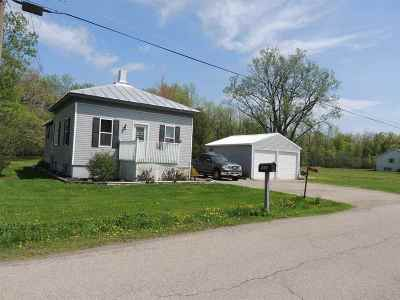 Oconto Single Family Home Active-No Offer: 5686 Elm