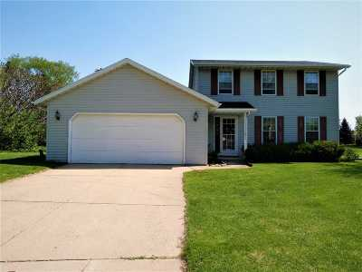 Green Bay Single Family Home Active-No Offer: 1111 Sandstone