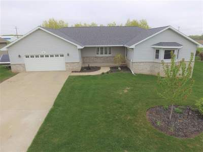 Luxemburg Single Family Home Active-Offer No Bump: 848 Ralph