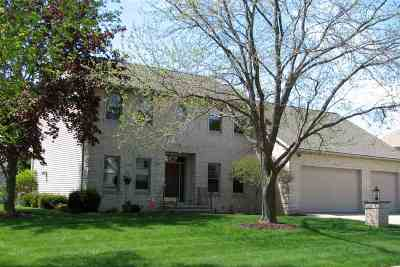 Green Bay Single Family Home Active-No Offer: 1461 Waterford