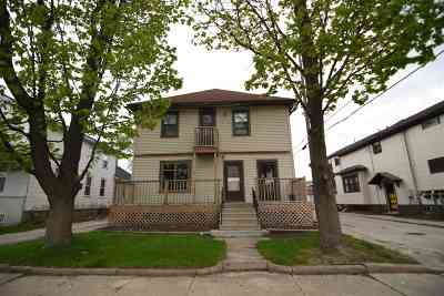 Brown County Multi Family Home Active-No Offer: 711 Pine