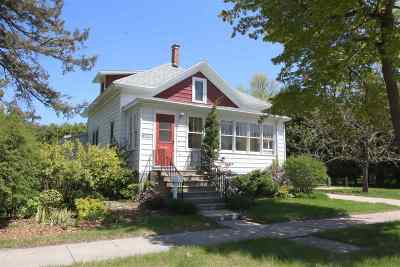 Oconto Single Family Home Active-No Offer: 421 Jefferson