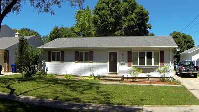 Little Chute Single Family Home Active-Offer No Bump: 916 Charles