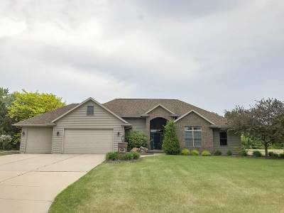Howard, Suamico Single Family Home Active-No Offer: 3136 Seafarer