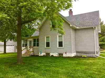 Neenah Single Family Home Active-Offer No Bump: 137 Harrison