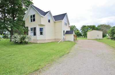 Seymour Single Family Home Active-Offer No Bump: N470 Hwy 55
