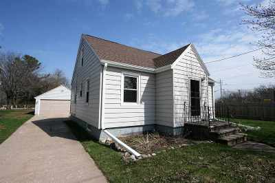 Green Bay Single Family Home Active-No Offer: 708 Maywood