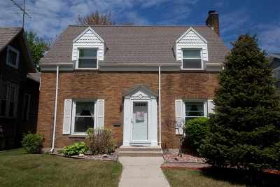 Marinette Single Family Home Active-Offer No Bump: 1454 Newberry
