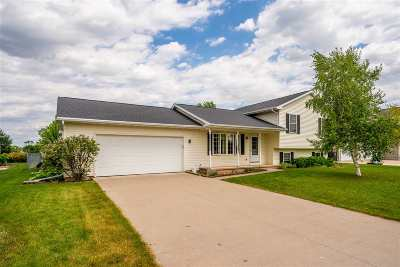 Winneconne Single Family Home Active-No Offer: 1004 Calypso