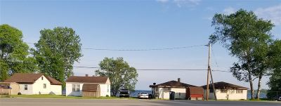 Menominee Multi Family Home Active-No Offer: N1128 M-35