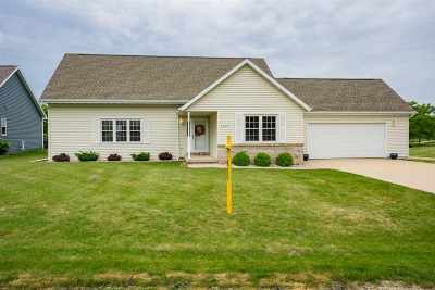 Sherwood Single Family Home Active-Offer No Bump: N7995 Lake Breeze