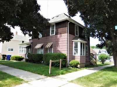 Kaukauna Multi Family Home Active-No Offer: 517 Desnoyer