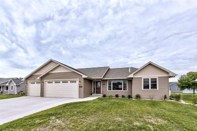 Winneconne Single Family Home Active-No Offer: 1112 Aster