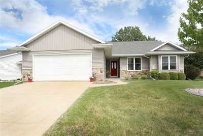 Neenah Condo/Townhouse Active-Offer W/Bump-Show: 1481 Westcreek