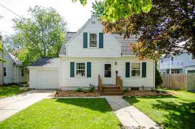 Green Bay Single Family Home Active-Offer No Bump: 1039 S Irwin