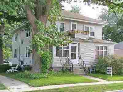 Green Bay Multi Family Home Active-No Offer: 973 School