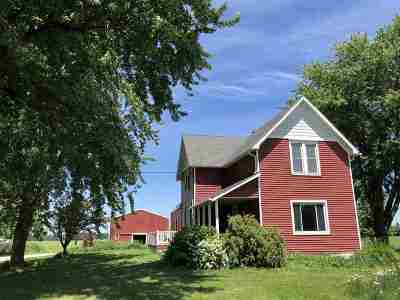Menasha Single Family Home Active-No Offer: W4484 Hwy 10